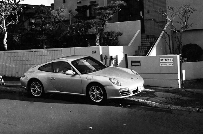 運転中のスマホ厳罰化とポルシェ997と蛇腹交換試写_c0182775_15435593.jpg