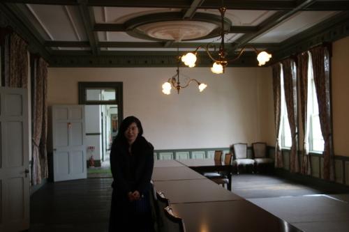 中澤 未美子 学術研究院 准教授が重文本館をご見学_c0075701_11204338.jpg