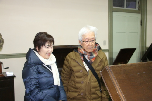 船橋市の大澤忠ご夫妻が重文本館をご見学_c0075701_21243351.jpg