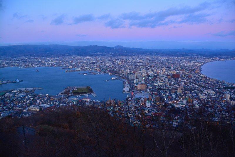 新幹線で北海道へ(2)函館の夜景_a0148206_19550756.jpg