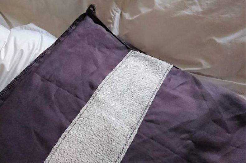 【ニトリ】綿100%ベッドカバーを買い替え_e0408608_10332108.jpg