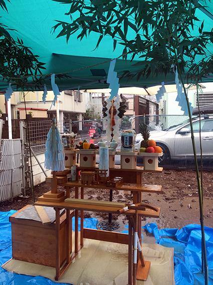 嵐の中の地鎮祭_a0148909_18110516.jpeg