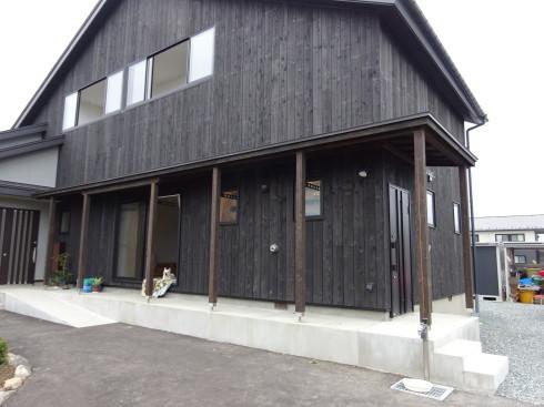 盛岡市向中野で進む住宅のフルリフォームの現場が完成!ビフォーアフター。_f0105112_04362309.jpg