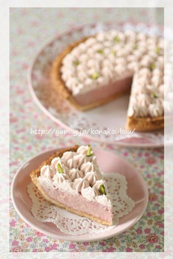 3月のお菓子・苺ミルクパイ_a0392423_00252053.jpg