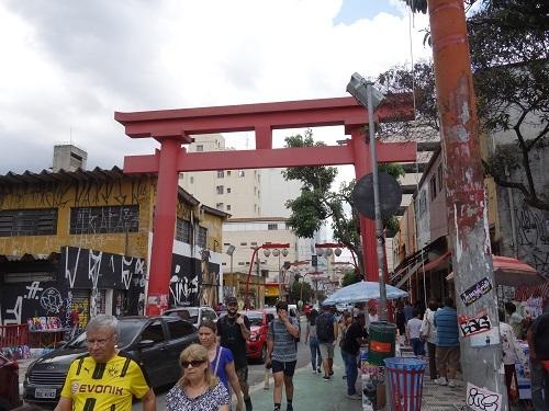 サンパウロ日本人街でSUSHI SIMPLESⅠを食べた_c0030645_05243962.jpg