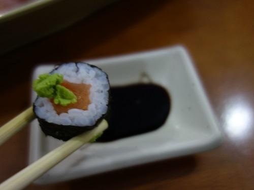 サンパウロ日本人街でSUSHI SIMPLESⅠを食べた_c0030645_05250647.jpg