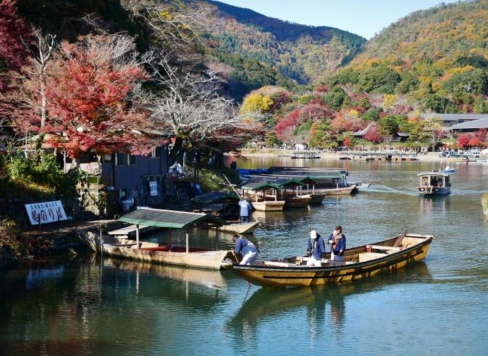 嵯峨・嵐山めぐり、2 嵐山  2019-12-04 00:00    _b0093754_14403190.jpg