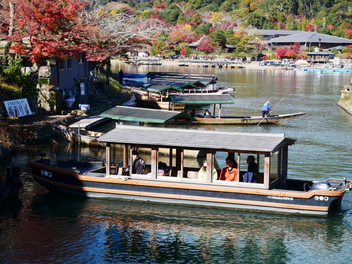 嵯峨・嵐山めぐり、2 嵐山  2019-12-04 00:00    _b0093754_14404323.jpg