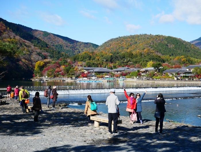 嵯峨・嵐山めぐり、2 嵐山  2019-12-04 00:00    _b0093754_14405514.jpg