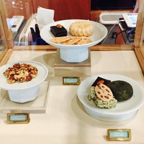 ひとりソウル旅 20 素敵な韓屋カフェ・・・Almost home cafe@安国駅_f0054260_10293984.jpg