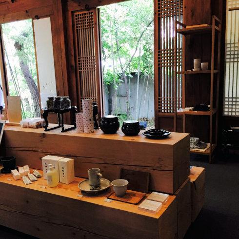 ひとりソウル旅 20 素敵な韓屋カフェ・・・Almost home cafe@安国駅_f0054260_10331157.jpg