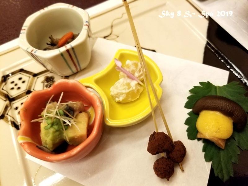 ◆ ギネス認定・世界最古の宿へ、その7「西山温泉 慶雲館」へ 夕食編(2019年11月)_d0316868_13500793.jpg