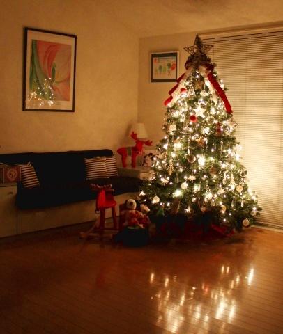 """◆Christmas! Christmas★""""・・・ツリーを飾りました_e0154682_15492594.jpg"""