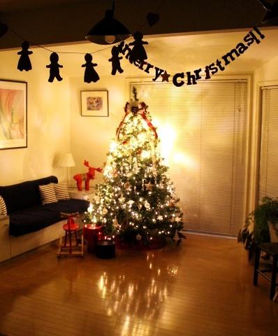 """◆Christmas! Christmas★""""・・・ツリーを飾りました_e0154682_16004181.jpg"""