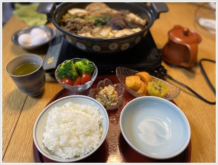 10日ぶりの家ごはんは、すき焼き~冬は鍋で片づけられて嬉しいな、食べる方も満足だしね\(>∀<)/_b0175688_20194577.jpg