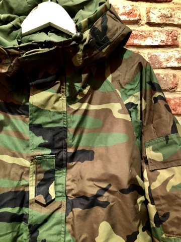 "2001 "" U.S ARMY \"" ECWCS - WOODLAND CAMO - GORE-TEX PARKA 2nd MODEL - mint condition - ._d0172088_19235271.jpg"