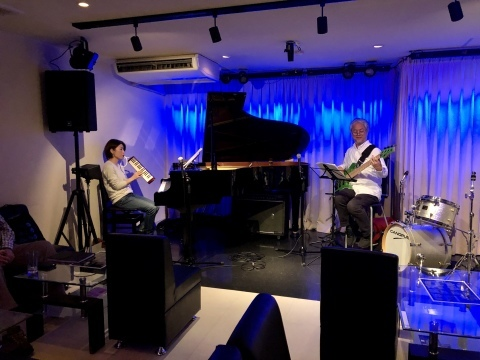 Jazzlive Cominジャズライブカミン  広島 本日12月3日のライブ_b0115606_12251294.jpeg