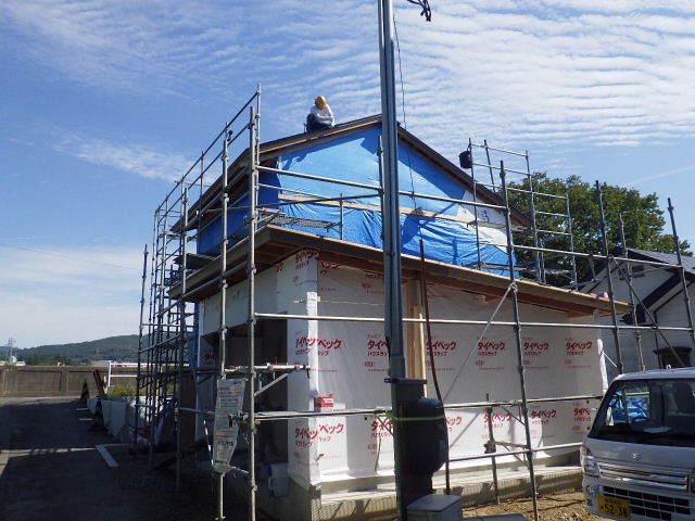 仙北町の家 大工工事が進行中です!_f0105112_05024893.jpg