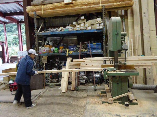 仙北町の家 大工工事が進行中です!_f0105112_05194712.jpg