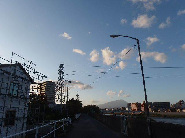 仙北町の家 大工工事が進行中です!_f0105112_05194719.jpg