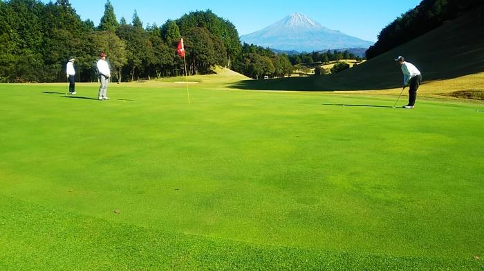 カワサキゴルフコンペ開催_d0108817_14275304.jpg