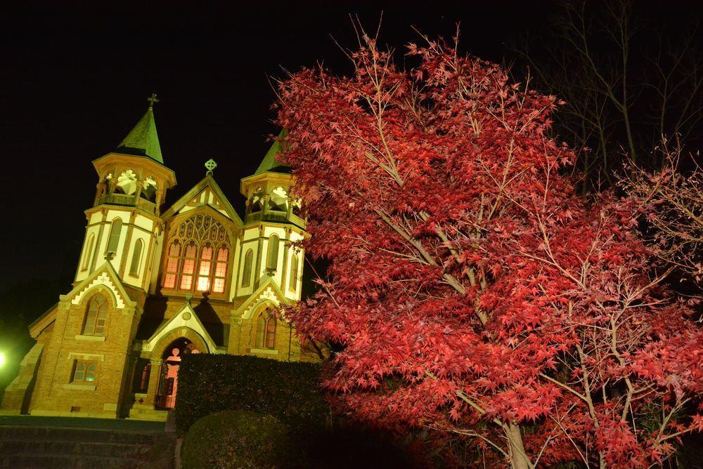 聖ヨハネ教会堂と紅葉_e0373930_20300363.jpg