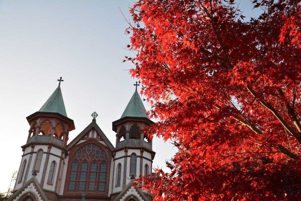 聖ヨハネ教会堂と紅葉_e0373930_20300380.jpg