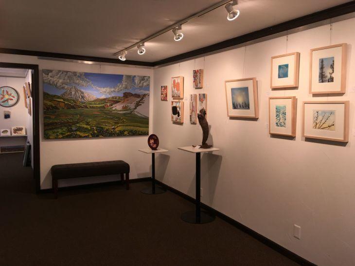 アート・ギャラリー #1 the Alaska House_b0135948_17205033.jpg