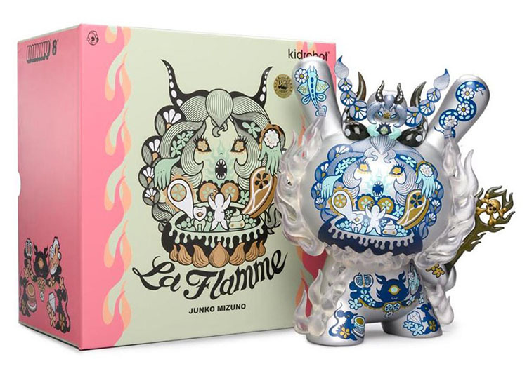 parallel import / La Flamme 8-inch Dunny Ice Edition_e0118156_22135343.jpg