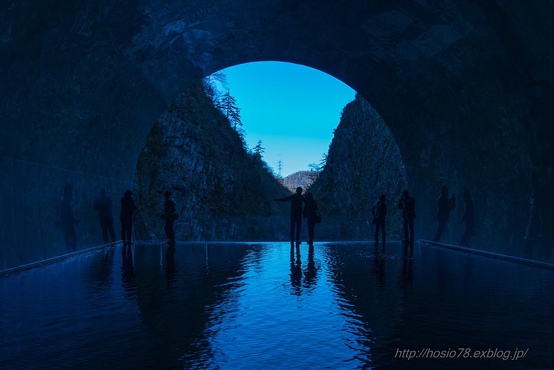 青の洞窟_e0214470_10474313.jpg