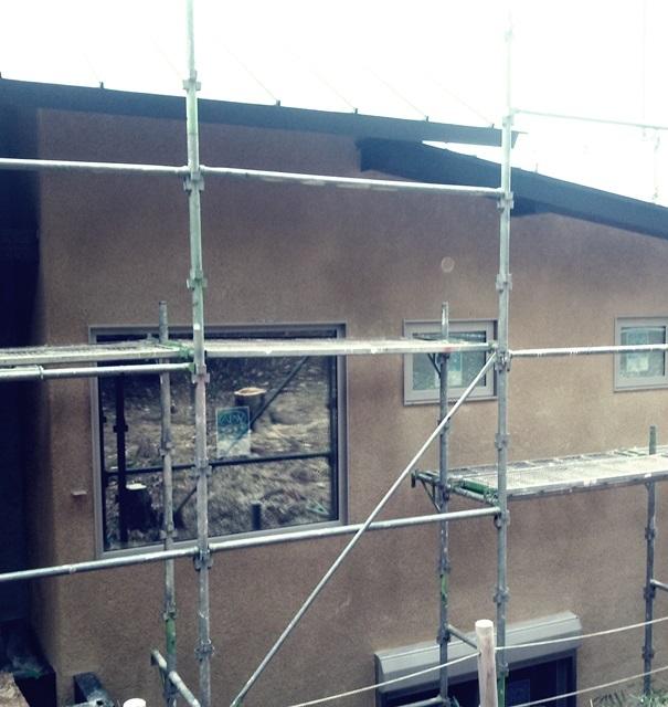 廃材を使った外壁です。_a0076877_03180117.jpg