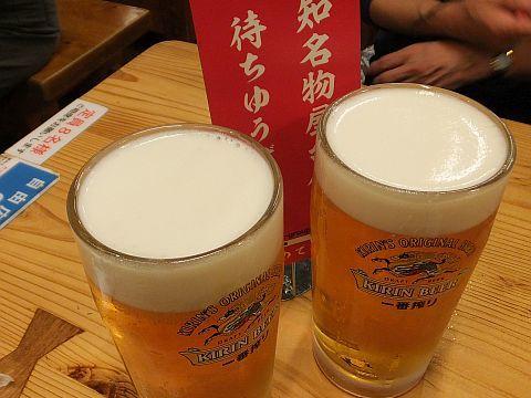 高知 酒飲み旅~~~(その3) ひろめ市場・夜の部 _e0146484_11330030.jpg