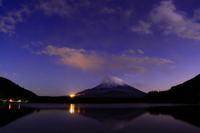令和元年11月の富士 (23) 精進湖の夕暮れ時の富士_e0344396_18201289.jpg