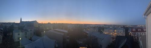 冬のアイスランド、日照はこんなに短い!_c0003620_01052011.jpeg