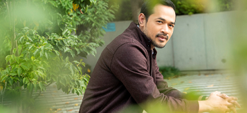 インタビュー:インドネシアの俳優:オカ・アンタラ――インドネシア映画の「新たなる標石」への挑戦_a0054926_20241996.jpg