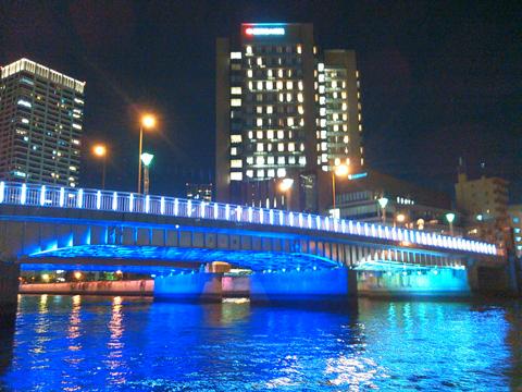 クリスマスは川の上も特別ですよ_a0137142_17030266.jpg