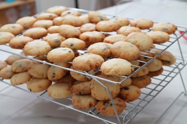 さくさくチョコチップクッキーとおみやげいろいろ_d0377645_22532297.jpg