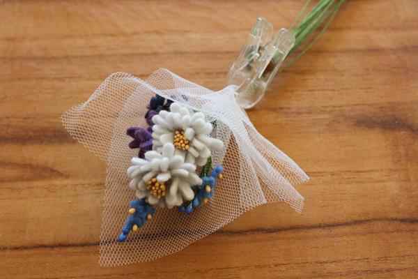 フェルトのお花をブーケにしてラッピングしてみました_e0333647_14493342.jpg