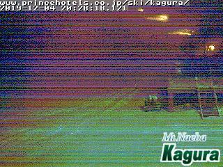 2019年12月4日 夜のかぐらスキー場ライブカメラ みつまたエリアが白くなってきました!_e0037849_20534183.jpg