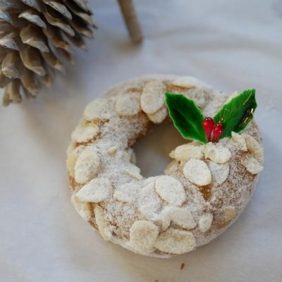 「クリスマスドーナツセット2019」 12月6日より予約受付いたします!_a0221457_17390781.jpg