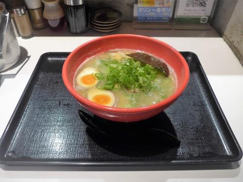 神戸・三宮「ラーメンたろう トアロード店」へ行く。_f0232060_0274787.jpg