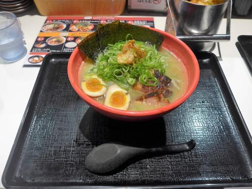 神戸・三宮「ラーメンたろう トアロード店」へ行く。_f0232060_030231.jpg