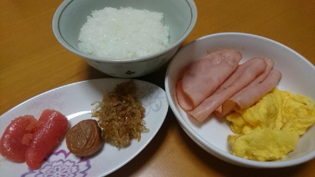 朝食は軽めに。そしてすぐに出社_b0106766_20572664.jpg
