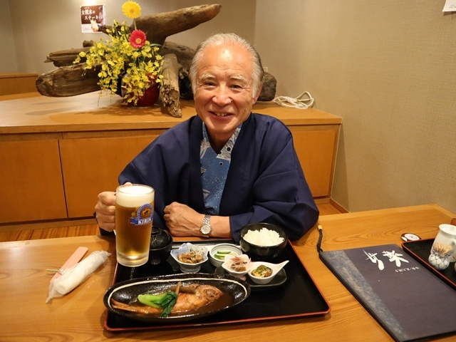 藤田八束の鉄道写真@人間の幸せ、幸の多い人少ない人その理由は何か、七福神をあなたは信じますか_d0181492_00331442.jpg