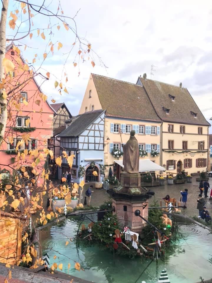 クリスマスマーケット巡りⅡ Eguisheim エギスハイム_a0100596_10343839.jpg