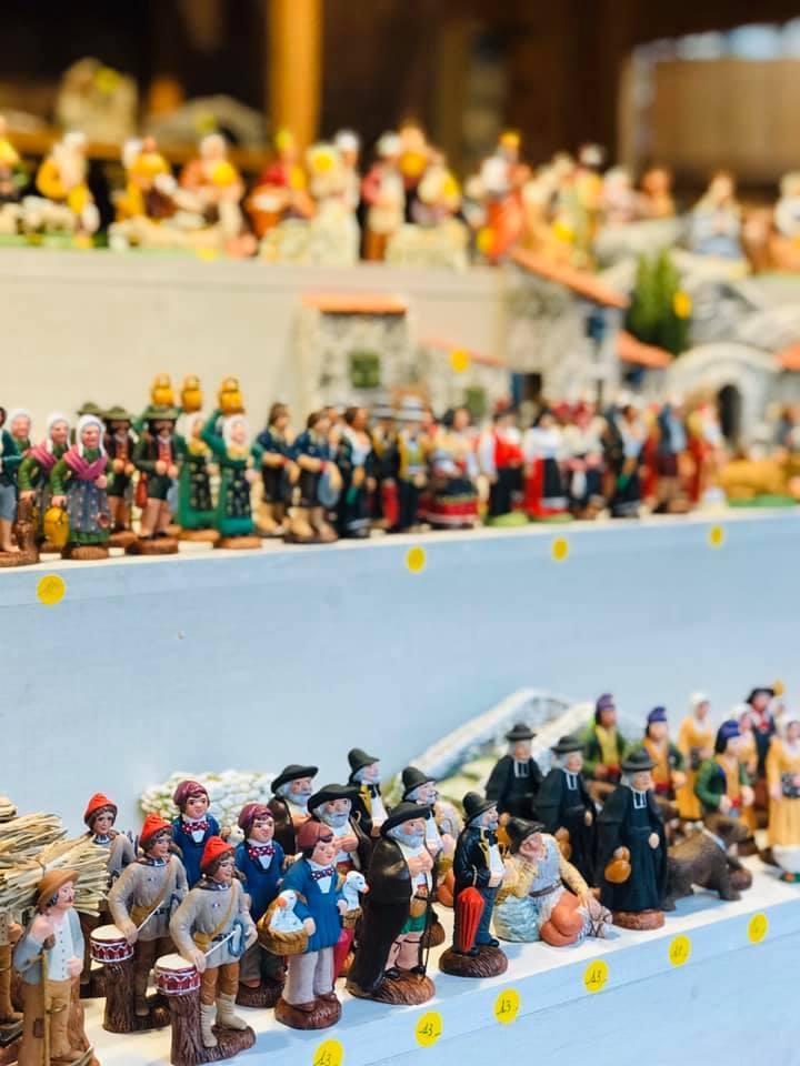 クリスマスマーケット巡りⅡ Eguisheim エギスハイム_a0100596_10411636.jpg