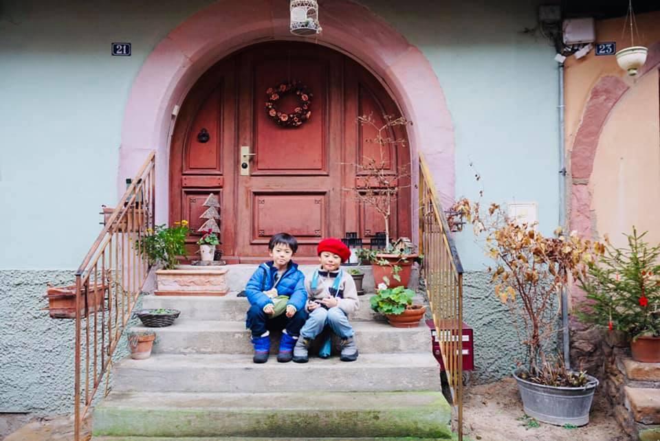 クリスマスマーケット巡りⅡ Eguisheim エギスハイム_a0100596_10415618.jpg