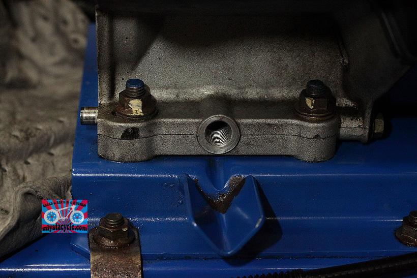 YT660ED ドレンからのオイル漏れ修理_e0126901_08192829.jpg