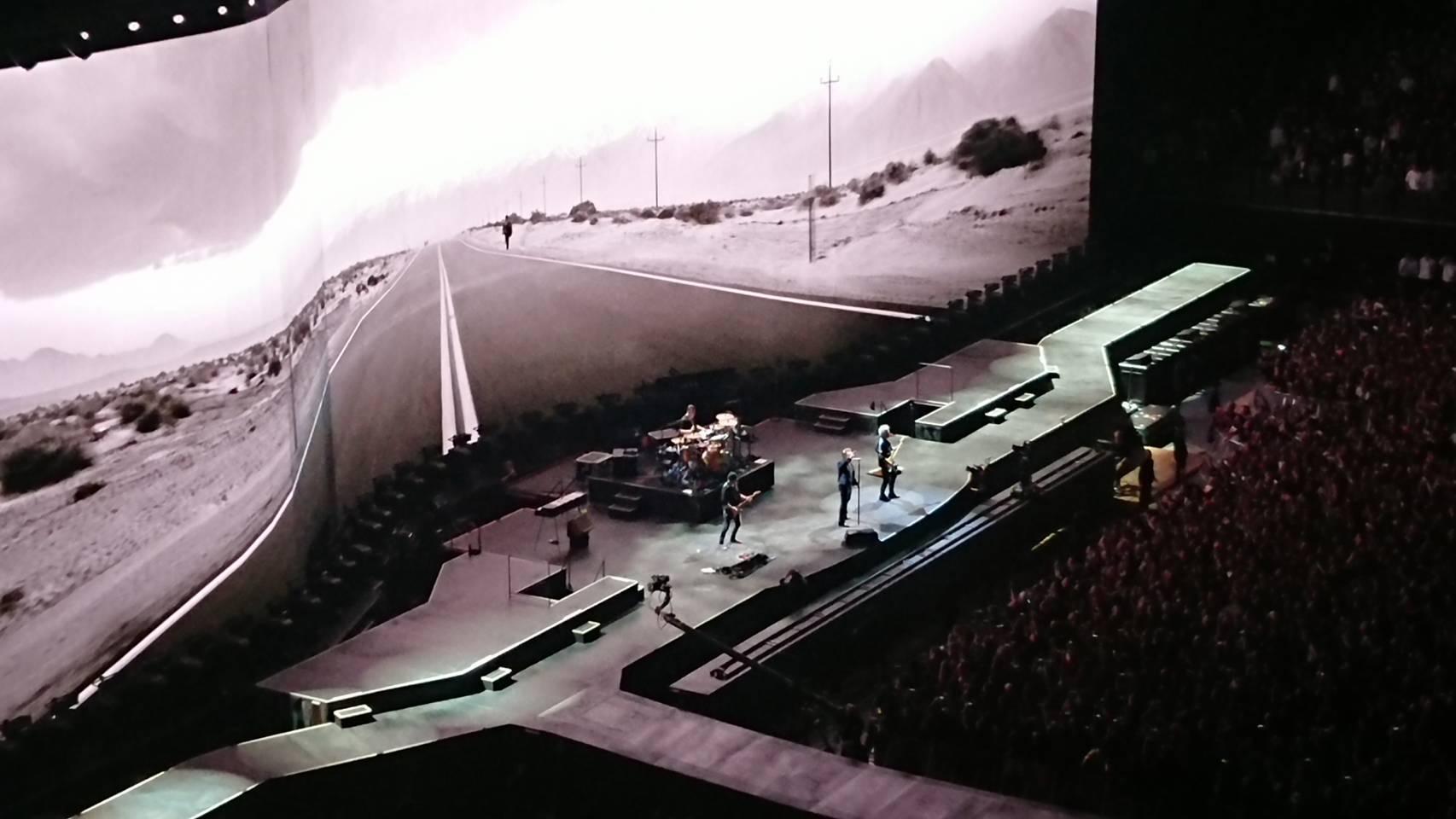 12/4 U2 THE JOSHUA TREE TOUR 2019 @さいたまスーパーアリーナ_b0042308_10412043.jpg