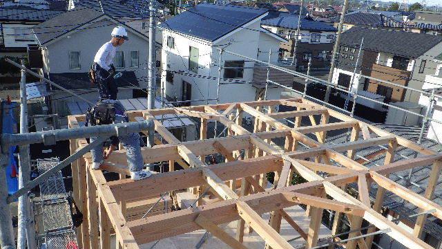 滝沢 穴口の家 建て方作業開始です!_f0105112_04360548.jpg